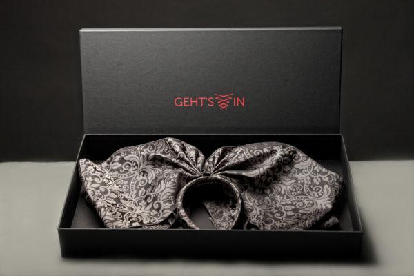 coiffe alsacienne Gehts In grise dans son coffret