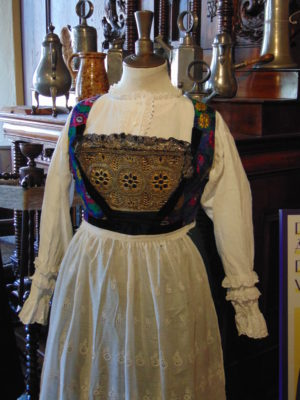 Costumes-Alsace-exposition-musee-alsacien-2018