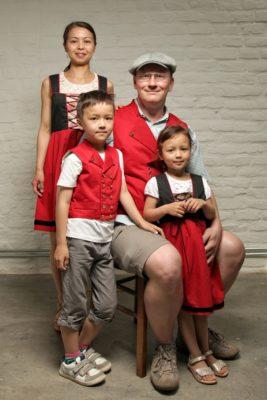 La famille Schaich, portrait de famille- Printemps Geht's In 2018- CP Faon Photography
