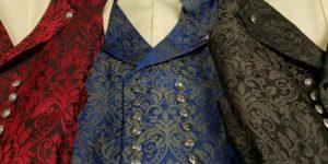 gilets damassés Geht's In en bordeaux, bleus ou gris