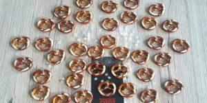 boucles d'oreilles ou collier bretzel